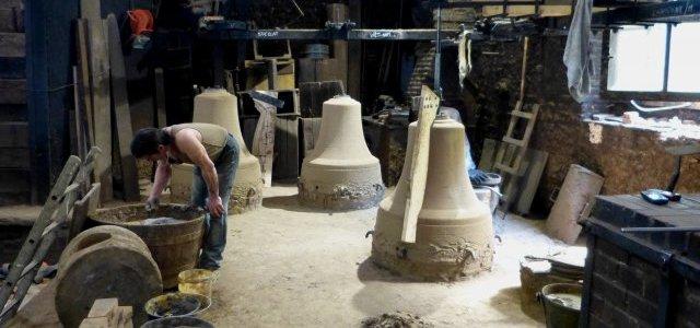 Reportage sur la fonderie de cloches Bollée – France 3